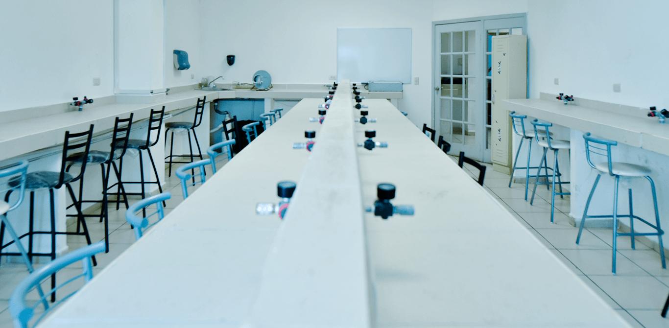 Universidad ION - Laboratorio de materiales dentales